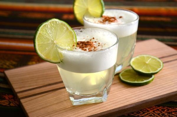 receta Aguardiente sour cocktail