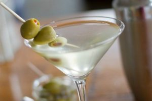 coctel Dirty Martini