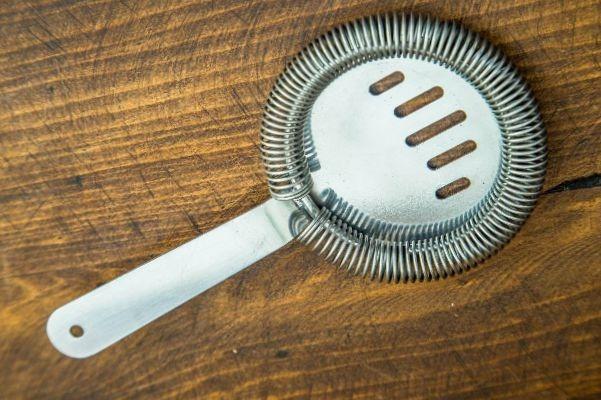 colador de oruga o strainer